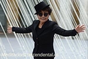 Yoko Ono y David Lynch: meditadores y artistas de éxito.