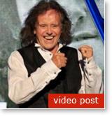 Donovan recomienda la Meditación Trascendental a todos los músicos y escritores de canciones - VIDEO -
